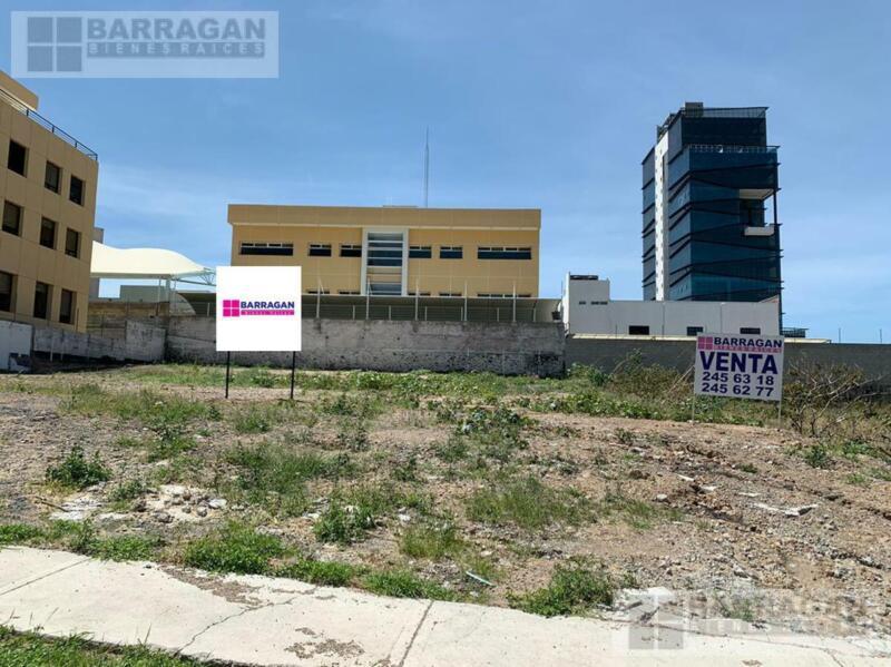 Terreno Comercial en Venta, Centro Sur