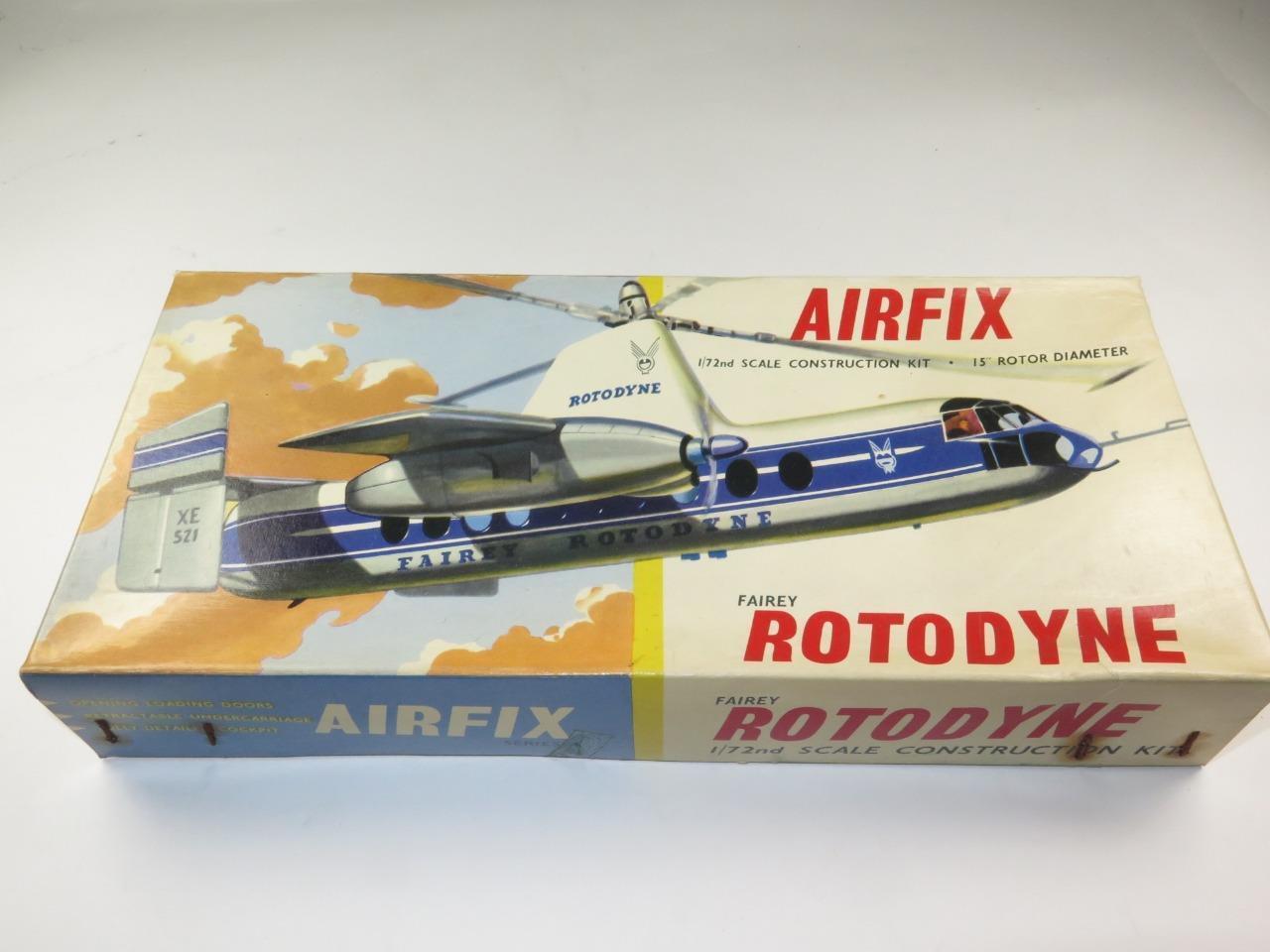 Uno de cada 72 modeloos aeronáuticos de Fairey rojoodyne en una caja 2 muy rara.