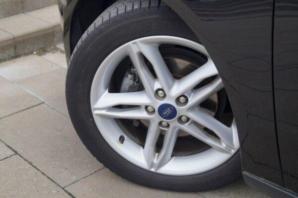 Ford Focus 1,5 TDCi 120 Titanium stc. aut. - billede 4