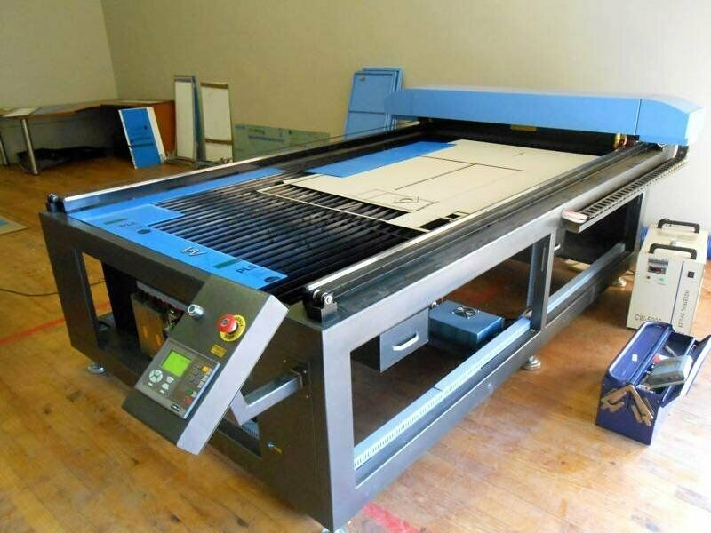 LC-2030/S120 TruCUT Standard Range 2050x3050mm Flatbed Type, Heavy Weight Fixed Table