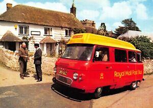 Devon-Postcard-c1970s-Honiton-Royal-Mail-Post-Bus-at-Dunkeswell-Post-Office-BQ3