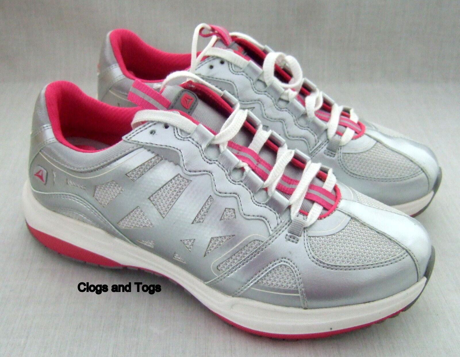 New Clarks mouvement naturel une Assurance Solde Femme Argent Chaussures Baskets 5.5 39