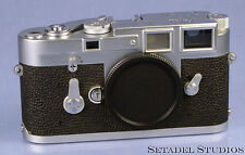 LEICA LEITZ M3 SINGLE STROKE CHROME RANGEFINDER CAMERA BODY N.1042084 CLEAN