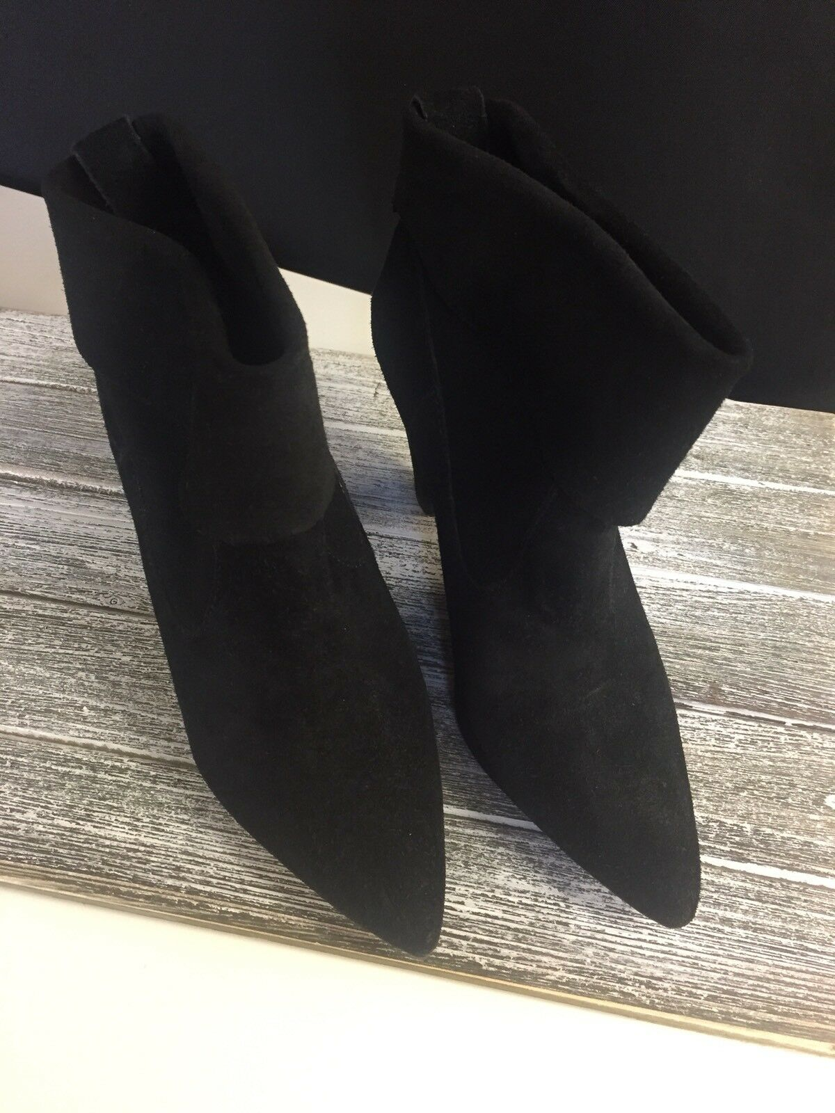 Schutz Black Suede Pointed Toe Heeled Booties Boot shoes Sz 40 Euro   9 US