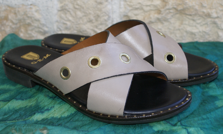 GK MAYER Damen Pantolette Sandale taupe Gr. 38   UK 5 NEU