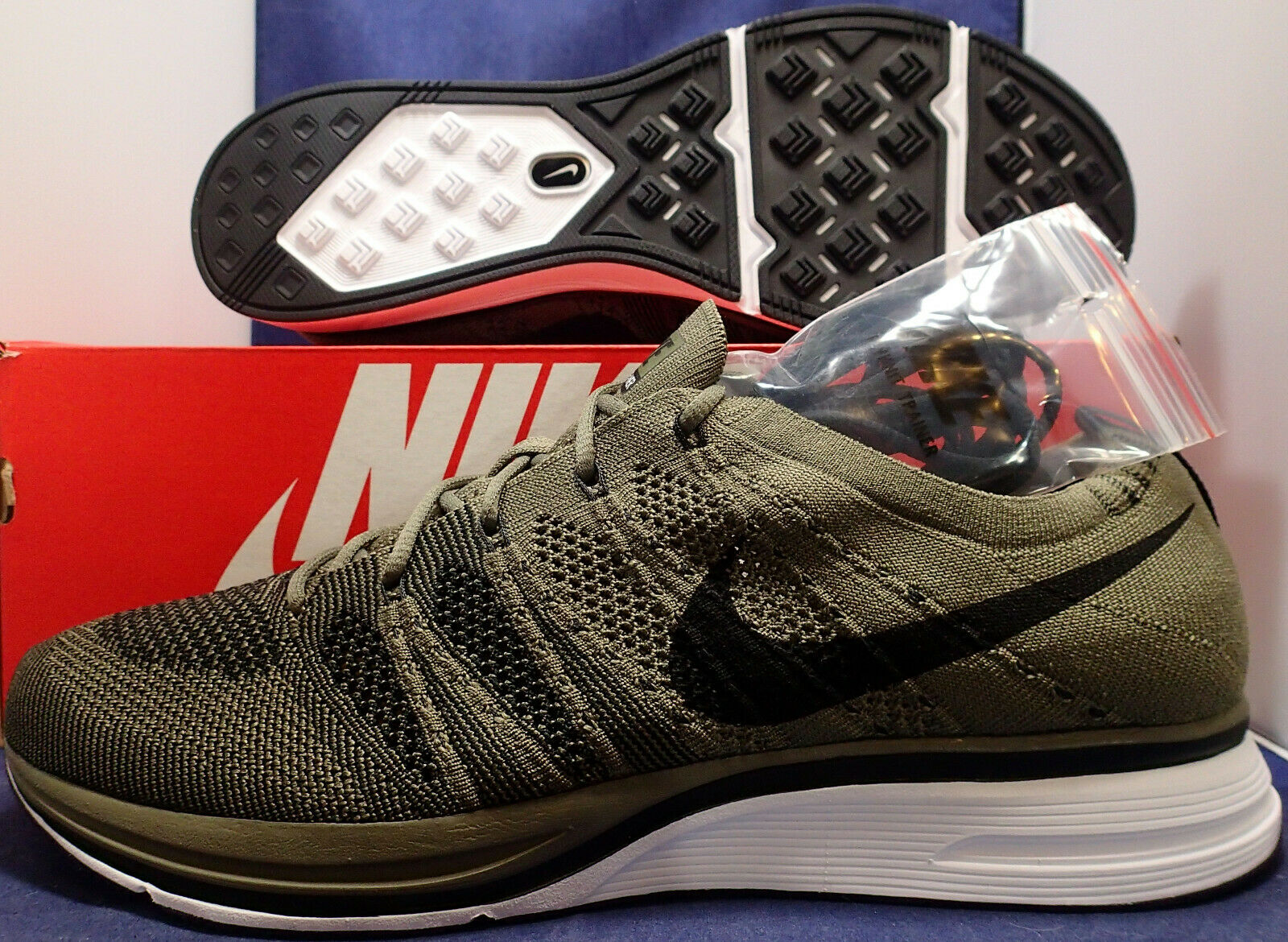 Nike Flyknit Trainer Medium Olive Black White SZ 11.5 ( AH8396-200 )