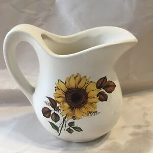 Sunflower-McCoy-Pottery-Small-Pitcher-USA-Vintage