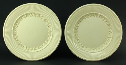 "! Antique WEDGWOOD Pair EDME Queensware White Ivory Dinner Plates 9"" Grape Vine"