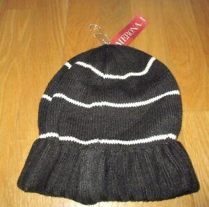 881dda02d2d NEW WOMENS   GIRLS MERONA BLACK   WHITE STRIPED KNIT BEANIE HAT ...