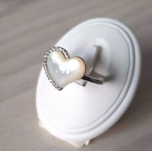 925-Sterling-silver-Mother-of-Pearl-heart-ring-with-CZ