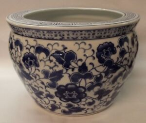 Beautiful Vintage Chinese Porcelain Blue White Fish Bowl Planter 9