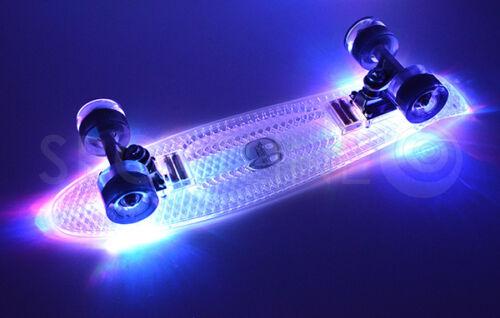 Skateboard Pennyboard Komplettboard Funboard Abec7 Board Skate 57x15cm LED 100kg