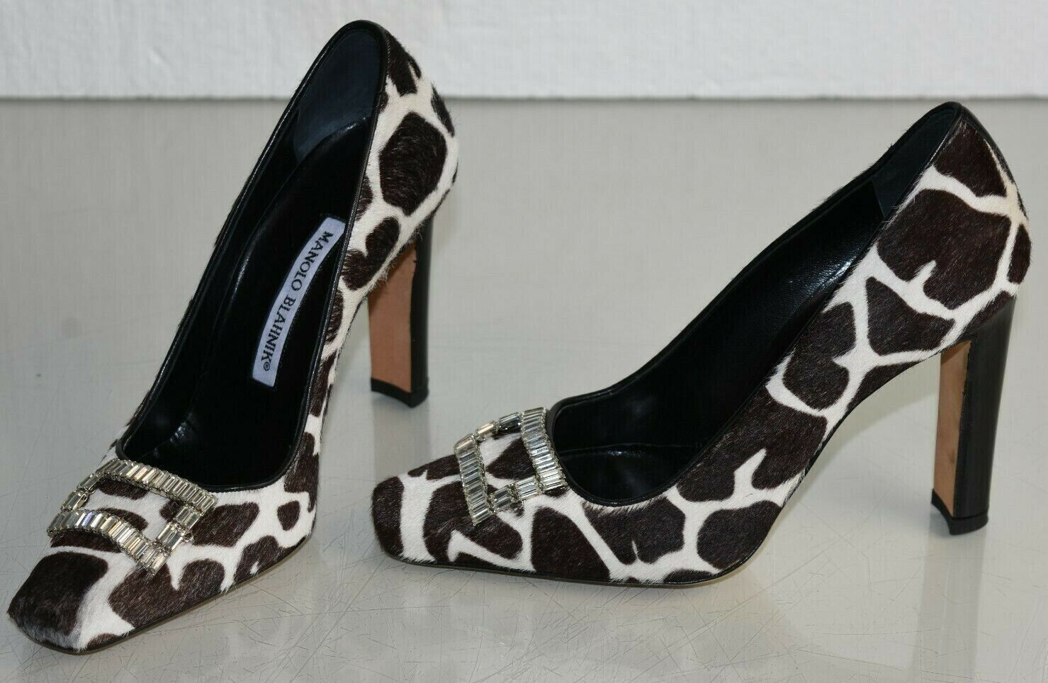 745 NEW Manolo Blahnik ASTOCHA Pony Pumps Brown Black CRYSTAL Buckle shoes 35.5