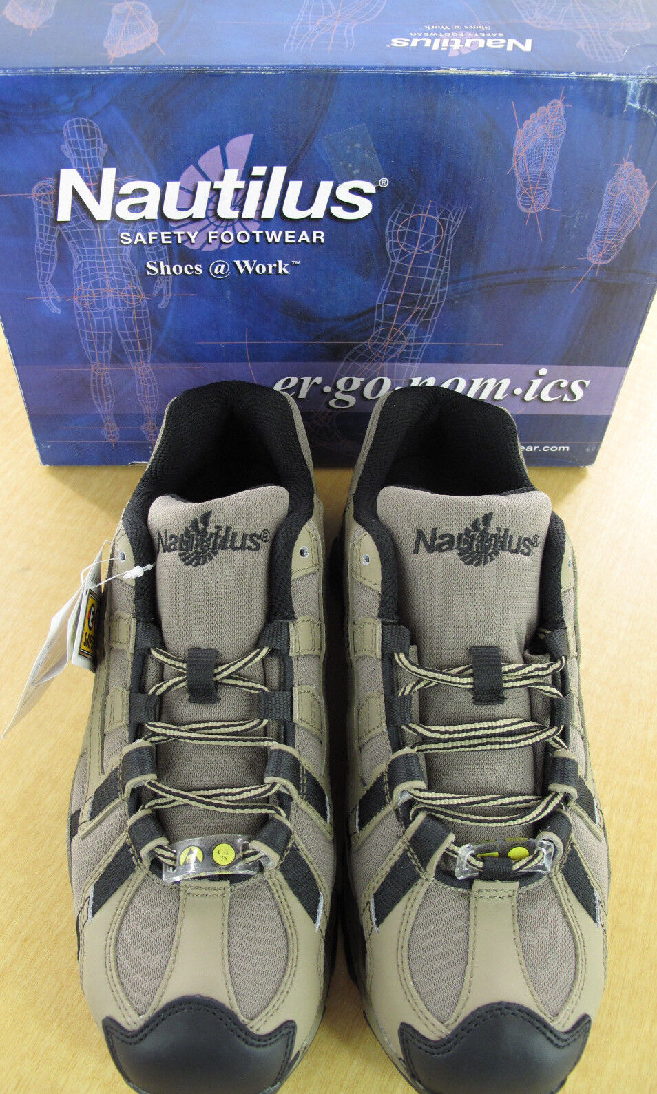 NAUTILUS Safety Footwear N1318 Alloy Lite Toe - - Toe Khaki/Black 9901c5