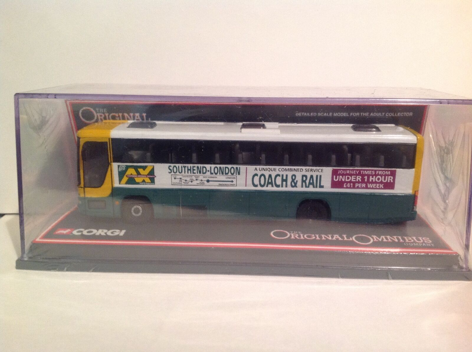 OM43314 Plaxton Premiere Southend Arterial Express LTD Edition No. 0002 of 3100