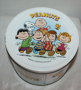 Peanuts Snoopy Cookie Tin Box Round Large And Decorative Ebay