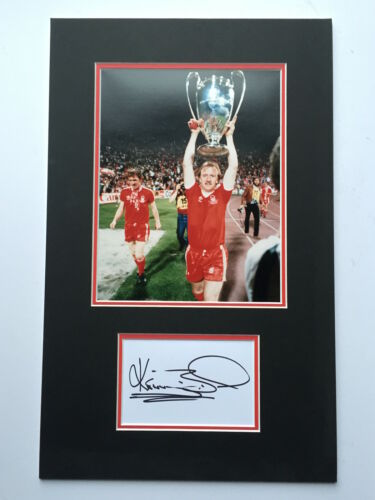 Kenny Burns Nottingham Forest Hand Signed Photo Mount Display.