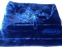 Solaron Classic Blue Korean Thick Mink Plush Soft Embossed Queen Size Blanket