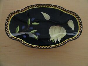 Laurie-Gates-Olives-Garlic-Checked-Rim-Black-Oval-Bowl