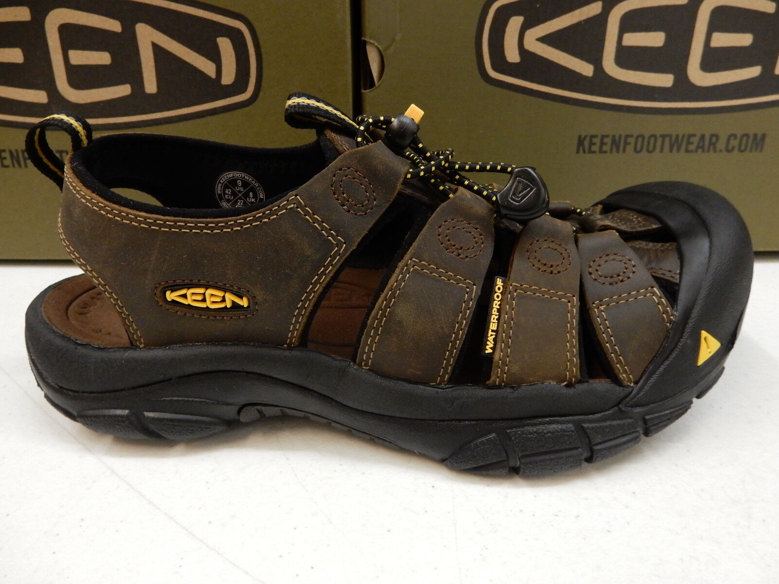 KEEN MENS SANDALS NEWPORT BISON SIZE 9