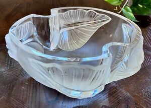 Lalique-Arums-Heavy-French-Crystal-Bowl-Mint-Condition-Signed-Gorgeous-9-5-034-Wide