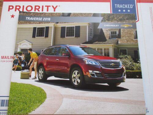 2016 16 CHEVROLET CHEVY TRAVERSE DEALER SALES 28 PAGE BROCHURE MANUAL CATALOG