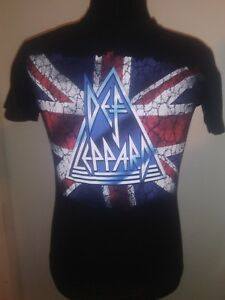 6d76d4f1ceb Def leppard t shirt black with British flag logo size small cotton ...