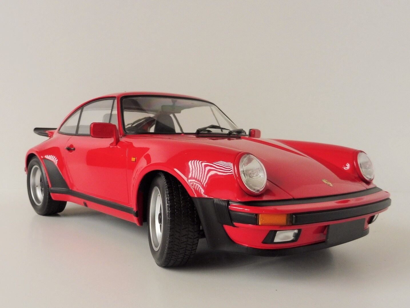 Porsche 911 Turbo 1977 Strawberry Strawberry Strawberry Red 1 12 Minichamps 1250661115 b30094