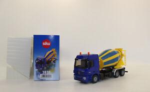 Siku-3539-Mercedes-Benz-Camions-Malaxeurs-Betonnieres-1-50