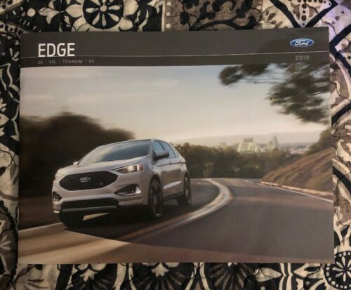 2019 FORD EDGE 28-page Original Sales Brochure