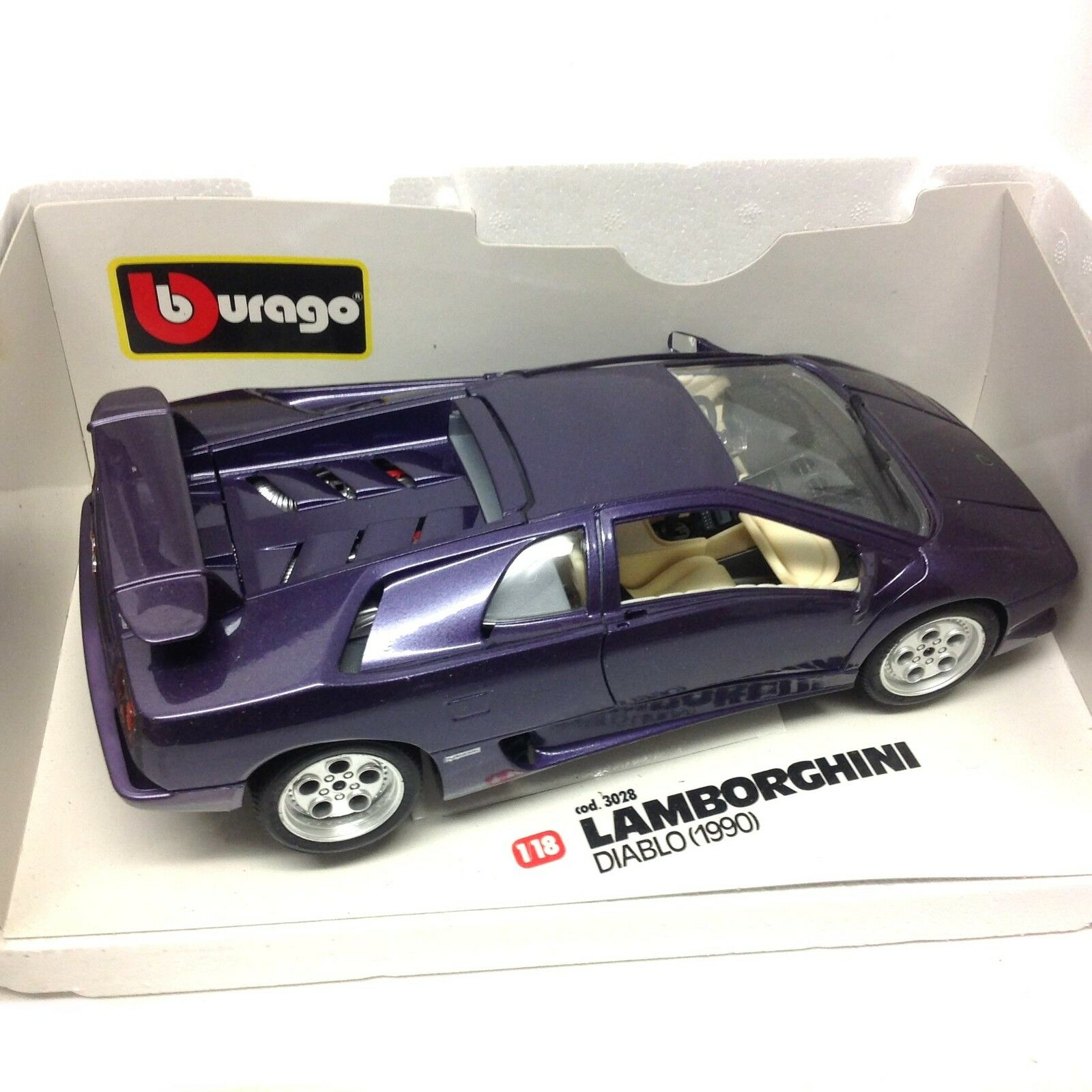BURAGO LAMBORGHINI DIABLO DIABLO DIABLO 1990 1 18 scale diecast car model, no Box, fast need cb5914