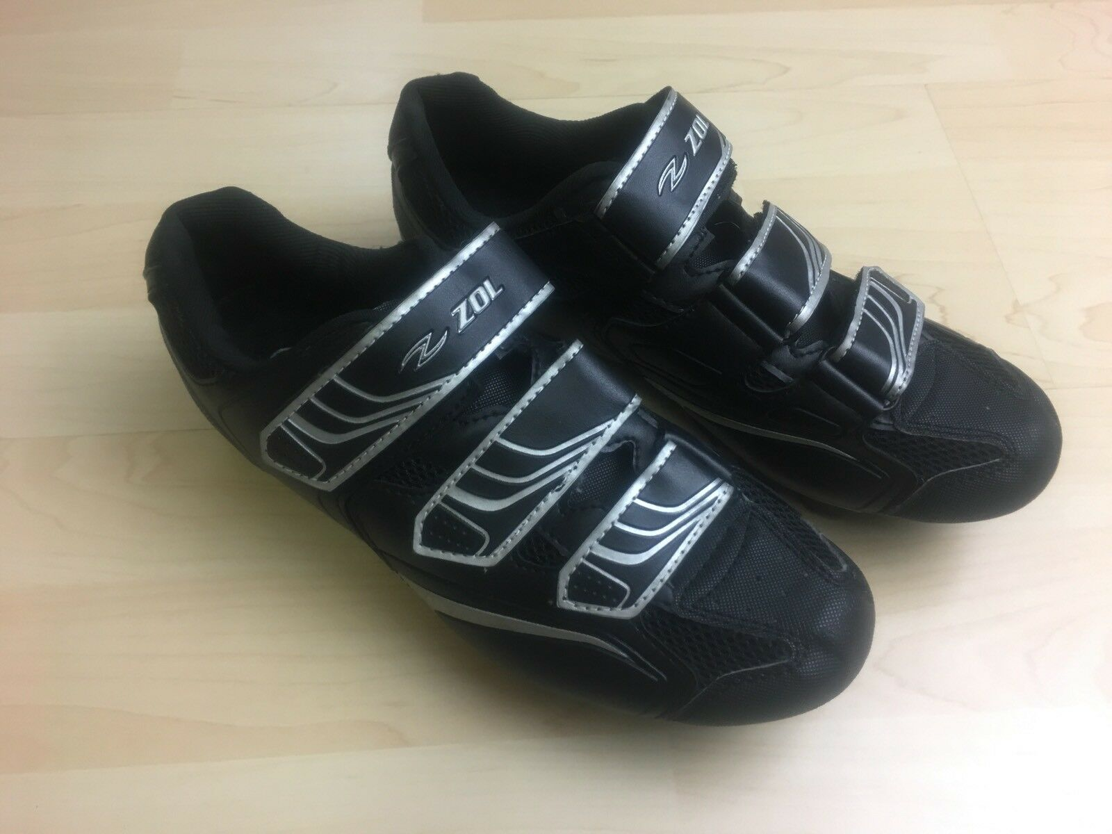 Zol Mountain Bike Men Size 7.5 US 40 EU 6.5 UK Cleated Cycling shoes w SPD Black