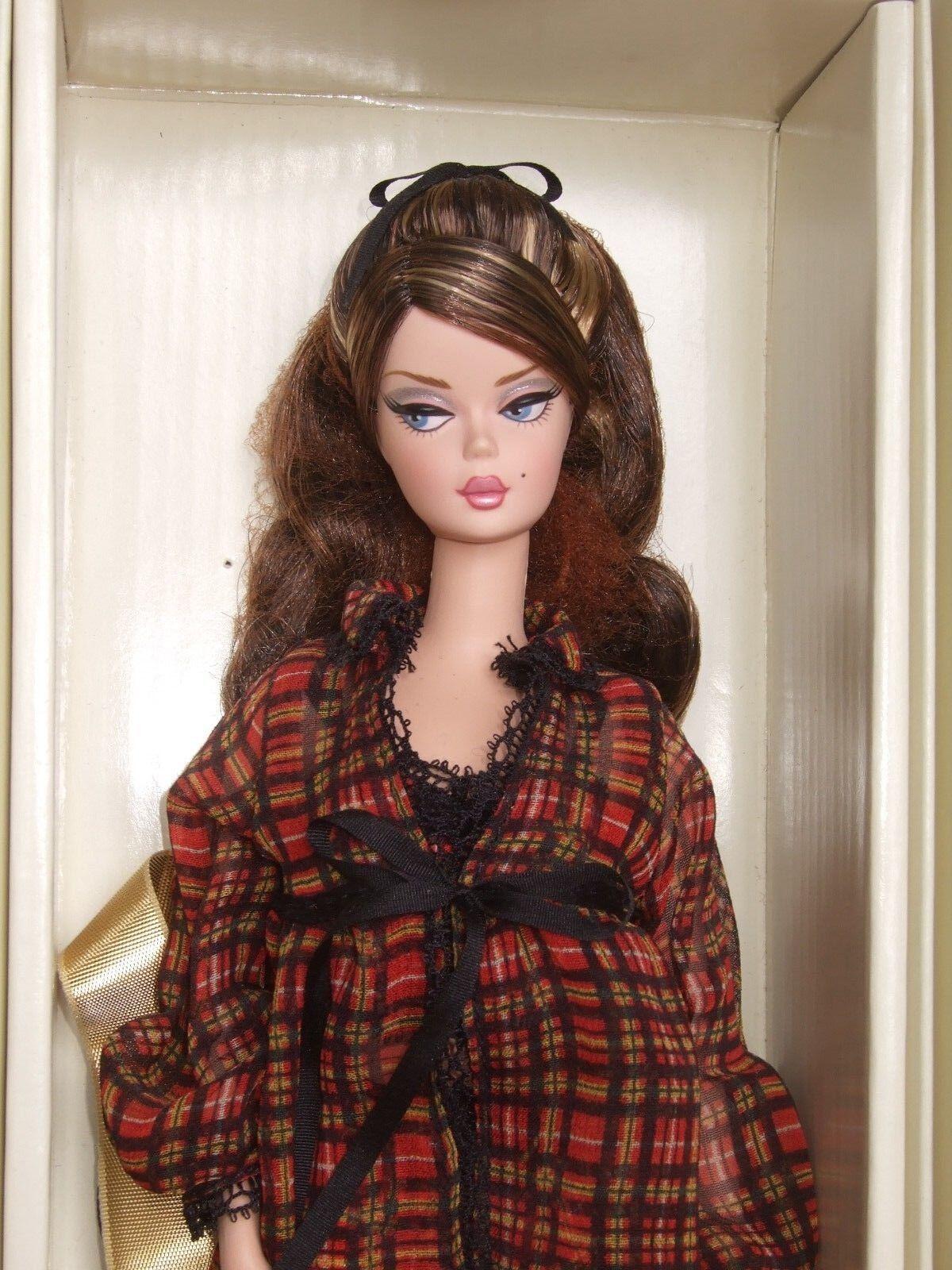 Difficile da trovare MATTEL SILKSTONE Barbie nuovo  con scatola Nuovo di zecca con scatola 2005  moda classica
