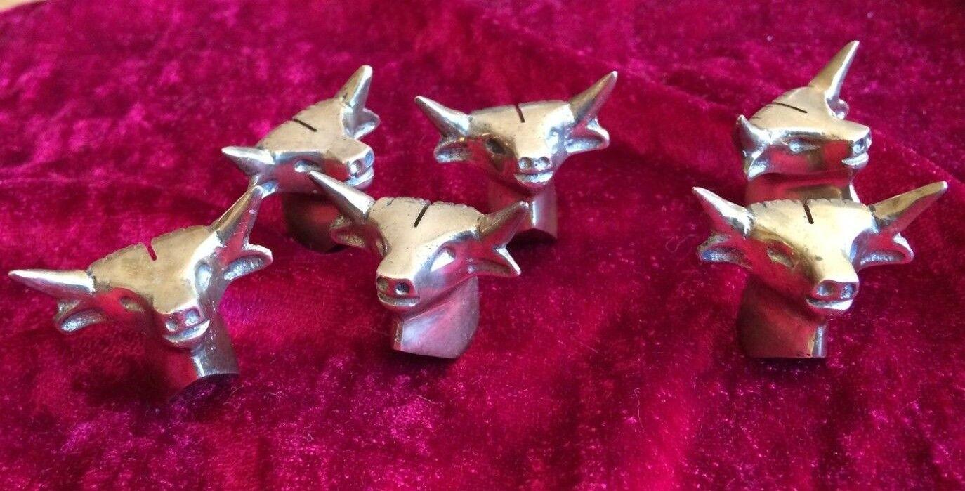 6 décoration de table taureau