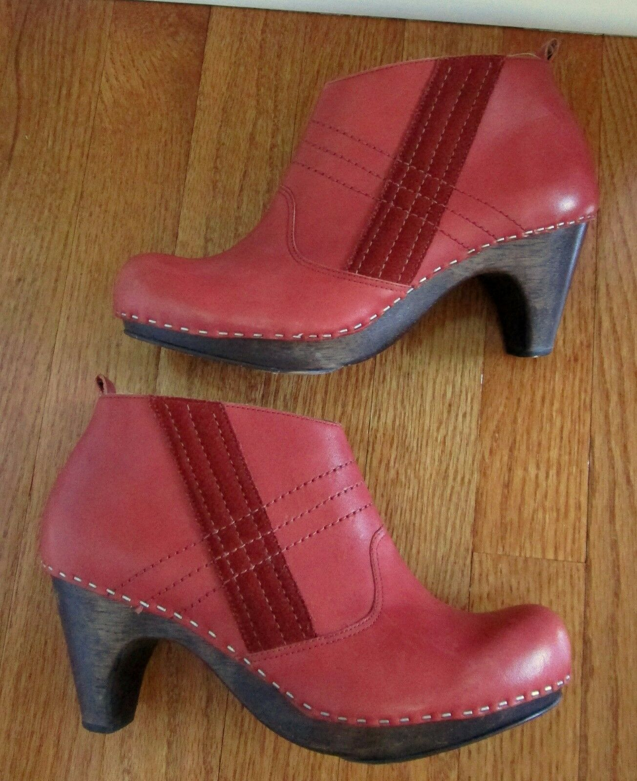 ANTHROPOLOGIE CIDER PRESS CLOGS SCHULER & SONS Schuhe ROT BOOTIES ANKLE BOOTS 7