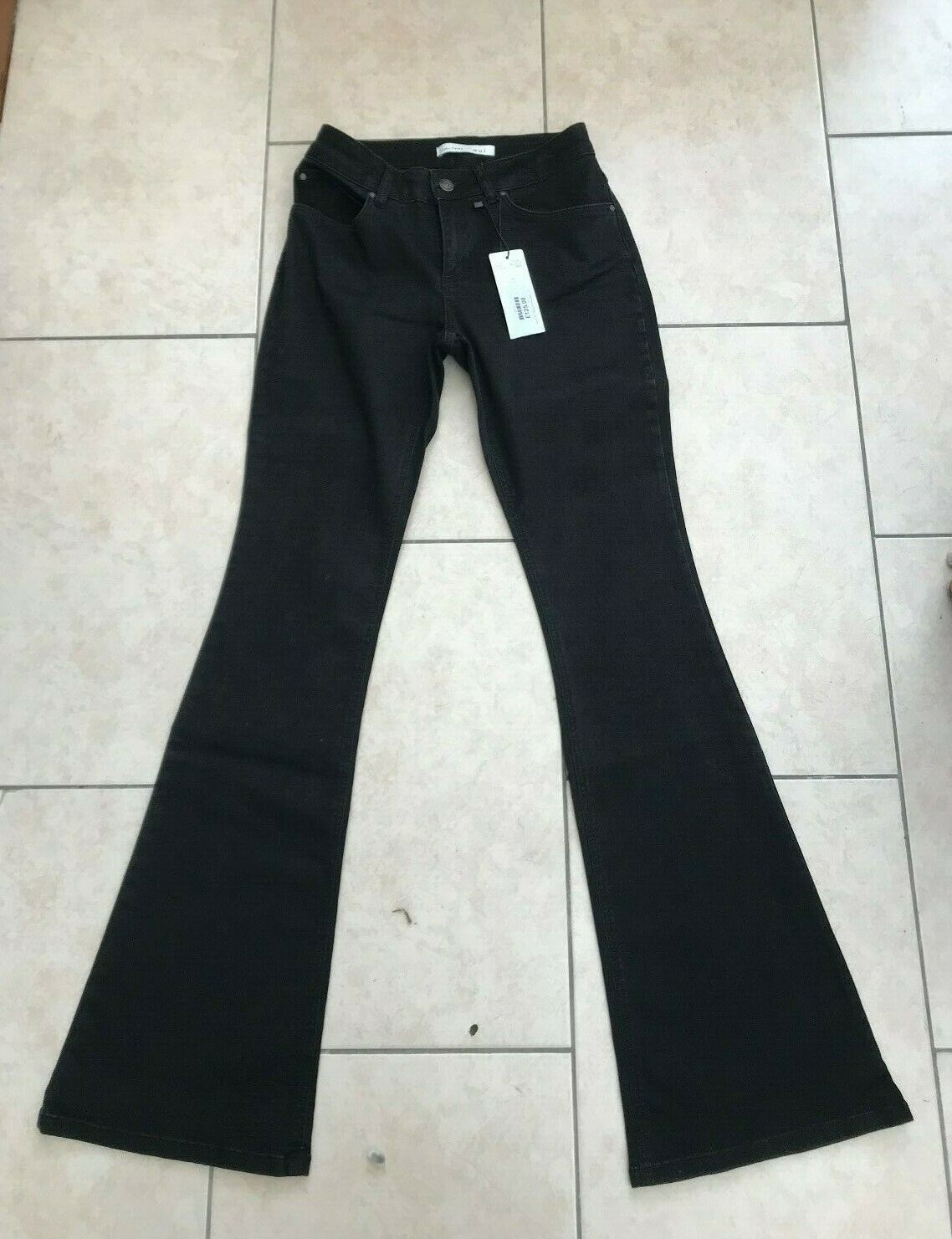 Oui schwarz Designer Crosby Flarot  Hipster High Waist Jeans Größe 8 EU34 L32 BNWT