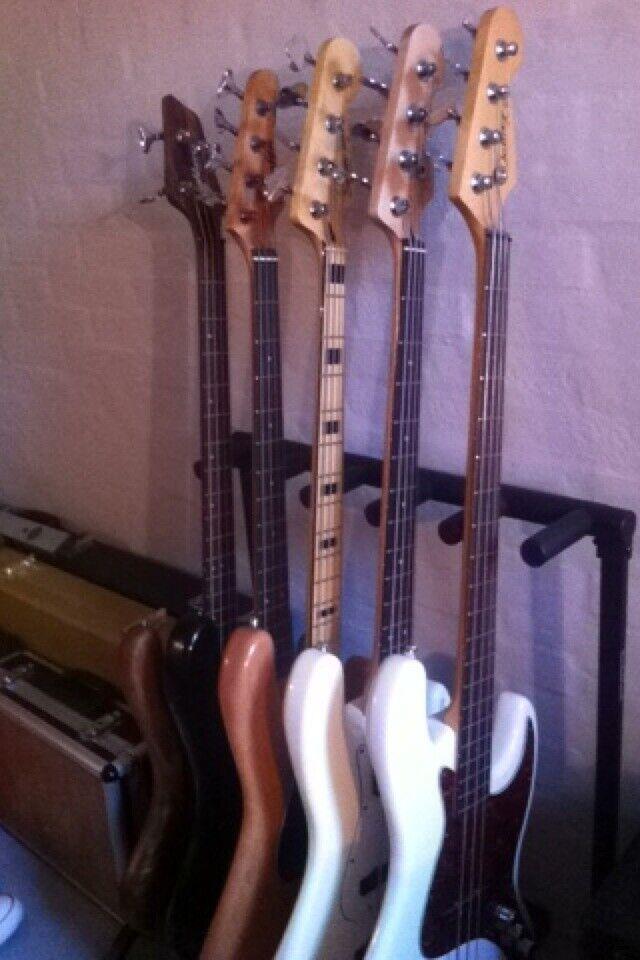 Elbas, Fender Squier