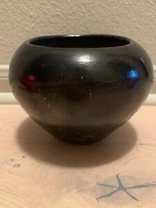 Vintage-Southwest-Pueblo-Indian-Stoneware-Art-Pottery-Bowl