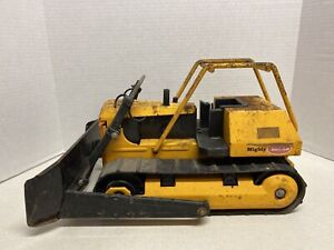 Vintage-1970-039-s-Large-Mighty-Tonka-T9-Dozer-Bulldozer-Pressed-Steel-17-034-Original