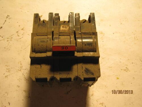 Federal Pacific 30 Amp 3 Pole 240 VAC Stab-Lok CTL Type NA CIRCUIT BREAKER