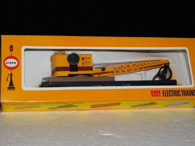 COX HO Scale Electric Trains Flat Car With Log Loading Crane MIB No 6151-4