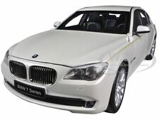 BMW 760Li (F02) 7 SERIES BRILLIANT WHITE 1/18 DIECAST CAR MODEL BY KYOSHO 08783