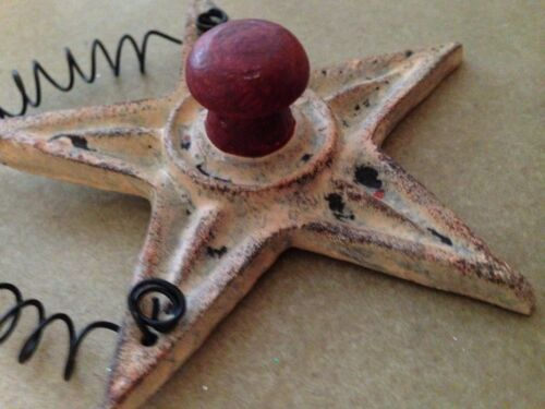 """Primitive resin 3 5//8/"""" Christmas star red knob ornament wire hanger country"""
