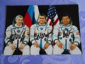 Sojus TMA-5  Crewphoto original signiert Space