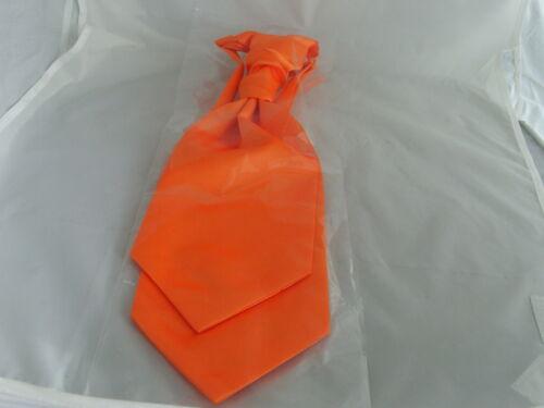 005 />Neon Orange MENS Scrunchie Ruche Wedding Polyester Tie-Cravat /& Hankie Set
