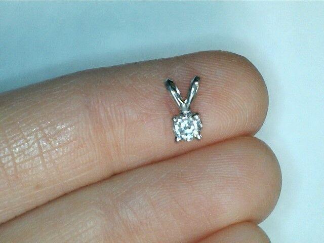 14k white gold .20ctw round diamond pendant 134217