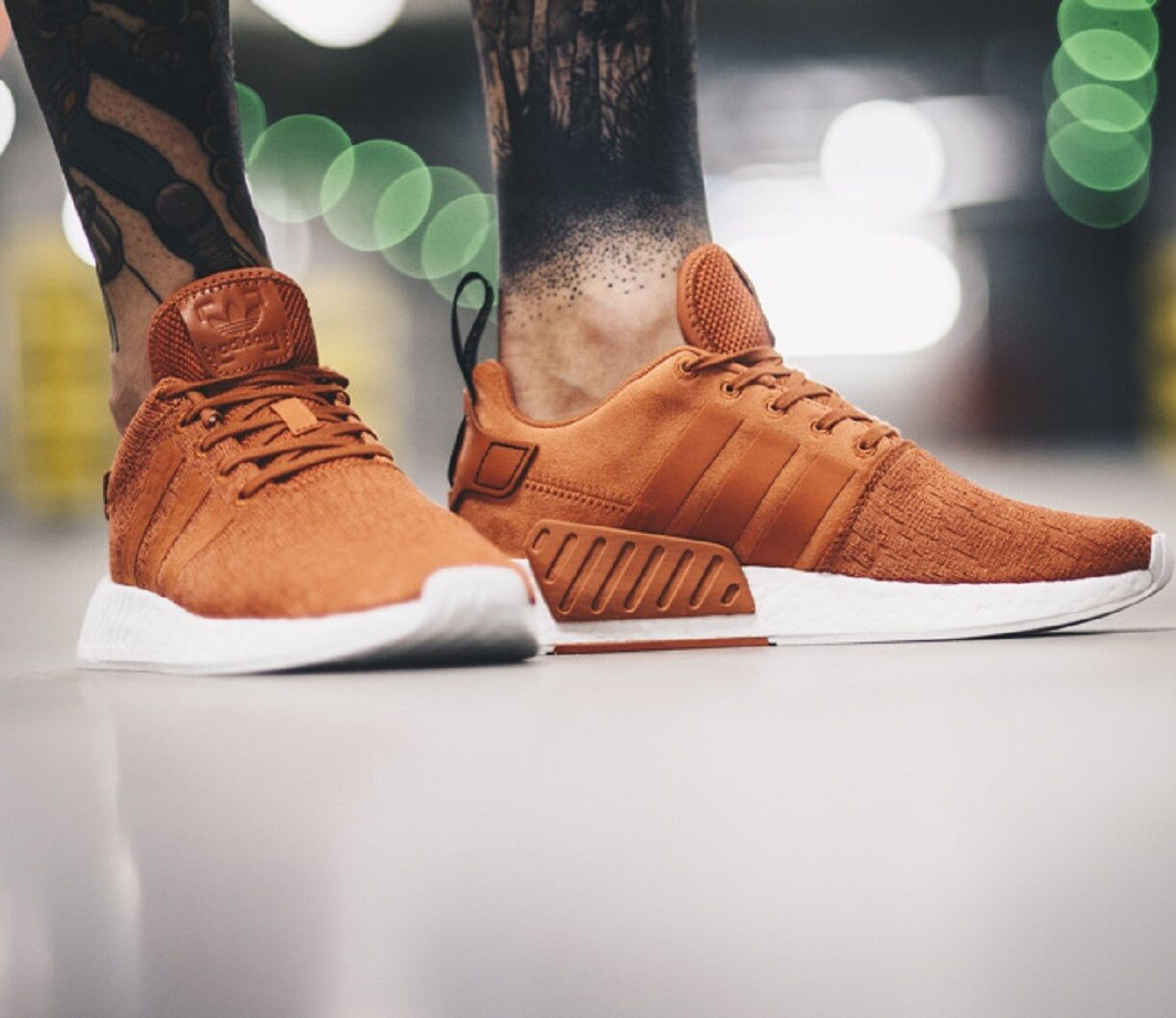 ADIDAS ORIGINALS NMD R2 Future Harvest MEN'S LIFESTYLE COMFY PREMIUM SNEAKER