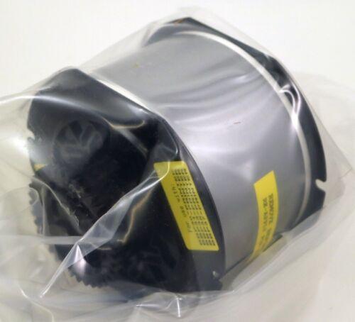 Brady 142012 B30 Series Indoor//Outdoor Vinyl Labels B30C-2250-595-GY GRAY