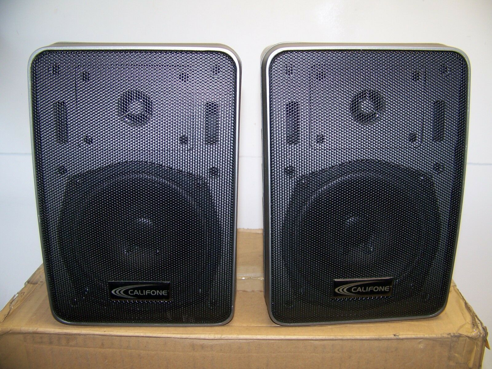 Califone SP-2500 Bookshelf Monitor Speakers Professional Companion Set Of 2