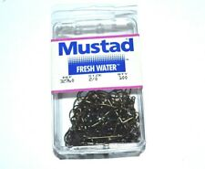 New Mustad 90 Degree Fish Hook Size 2//0 91718 97 hooks Salt Water